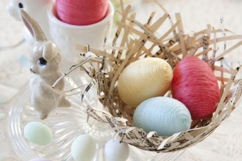 декорируем яйца нитками