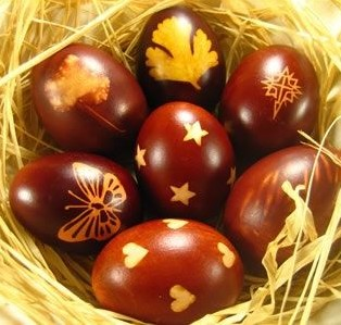 яйца с разными узорами