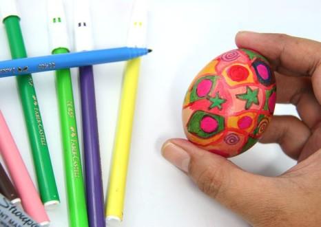 рисунок на яйце маркером