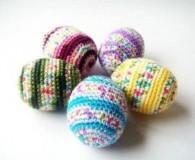 вязаные яйца с узором